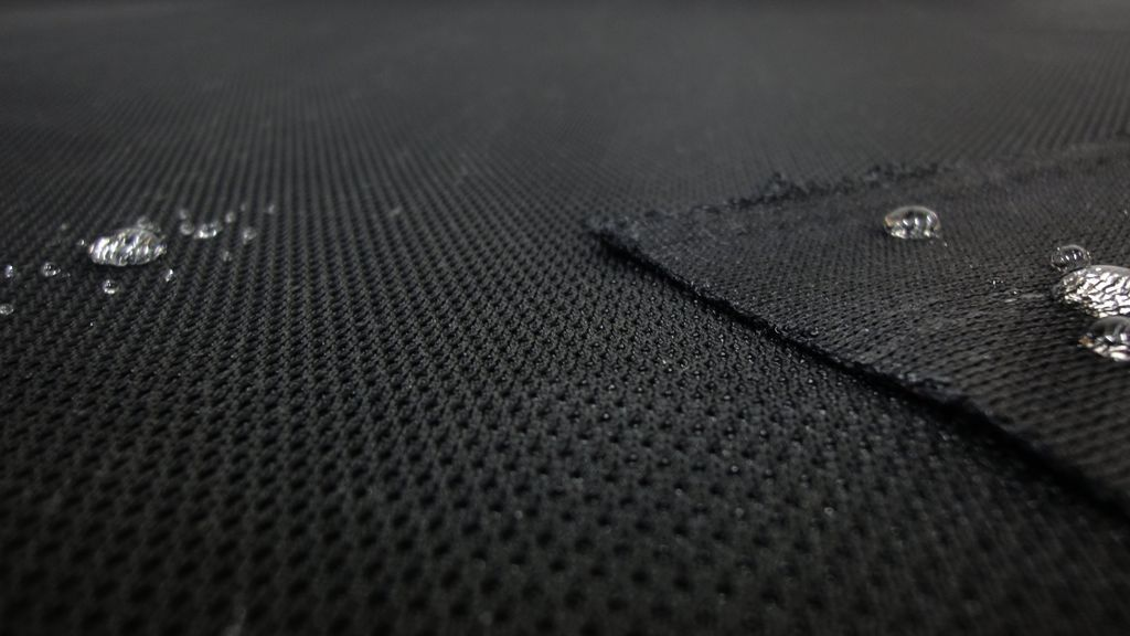 stoffbook stoff stoffe als meterware portofrei schwarz wasserabweisend 3d netz 1 5mm. Black Bedroom Furniture Sets. Home Design Ideas